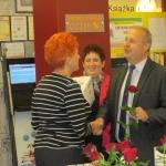 Uroczyste wręczenie nagród odbyło się 10 października w Gminnej Bibliotece Publicznej w Krasocinie. Paniom, które wylosowały nagrody gratulowali: Ireneusz Gliściński, wójt Krasocina i Dorota Węglińska, koordynator Mobilnej Pracowni Badań Diagnostycznych ŚCO